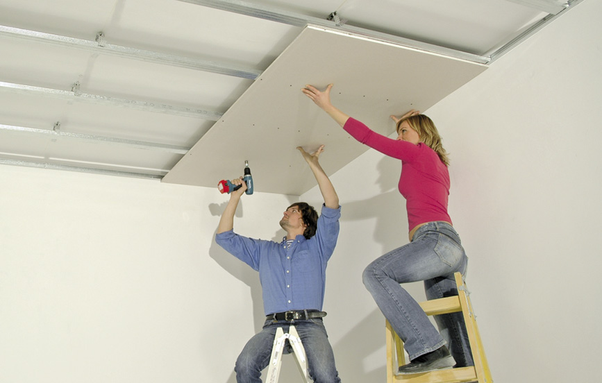 Jak na montáž podhledu přímo montovaného na strop