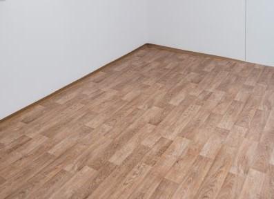 Jak na aplikaci podlahových krytin na suché podlahy?
